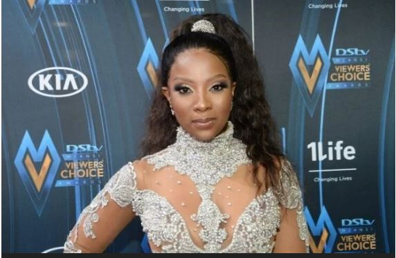 Pearl Modiadie gives birth